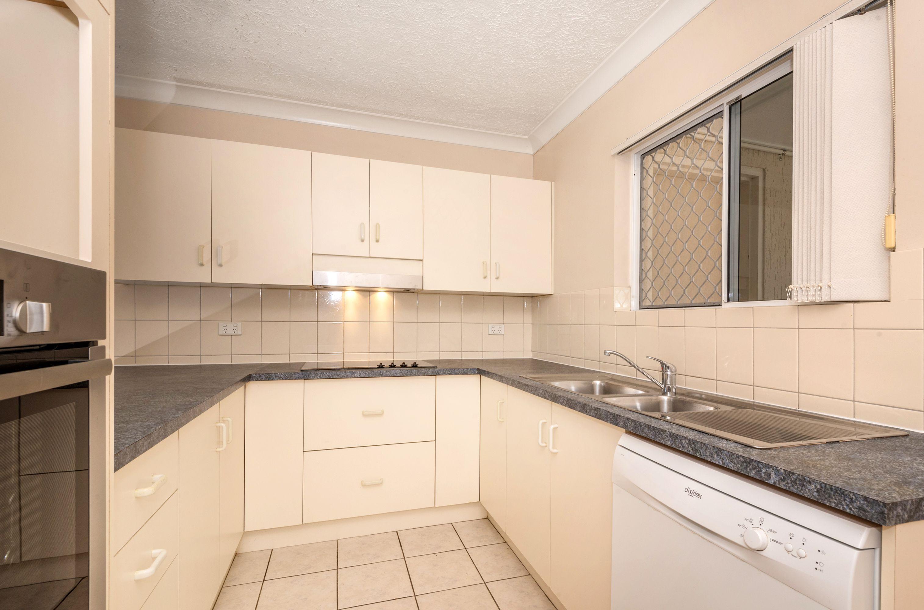 7/8 Gleeson Street, Hermit Park, QLD 4812