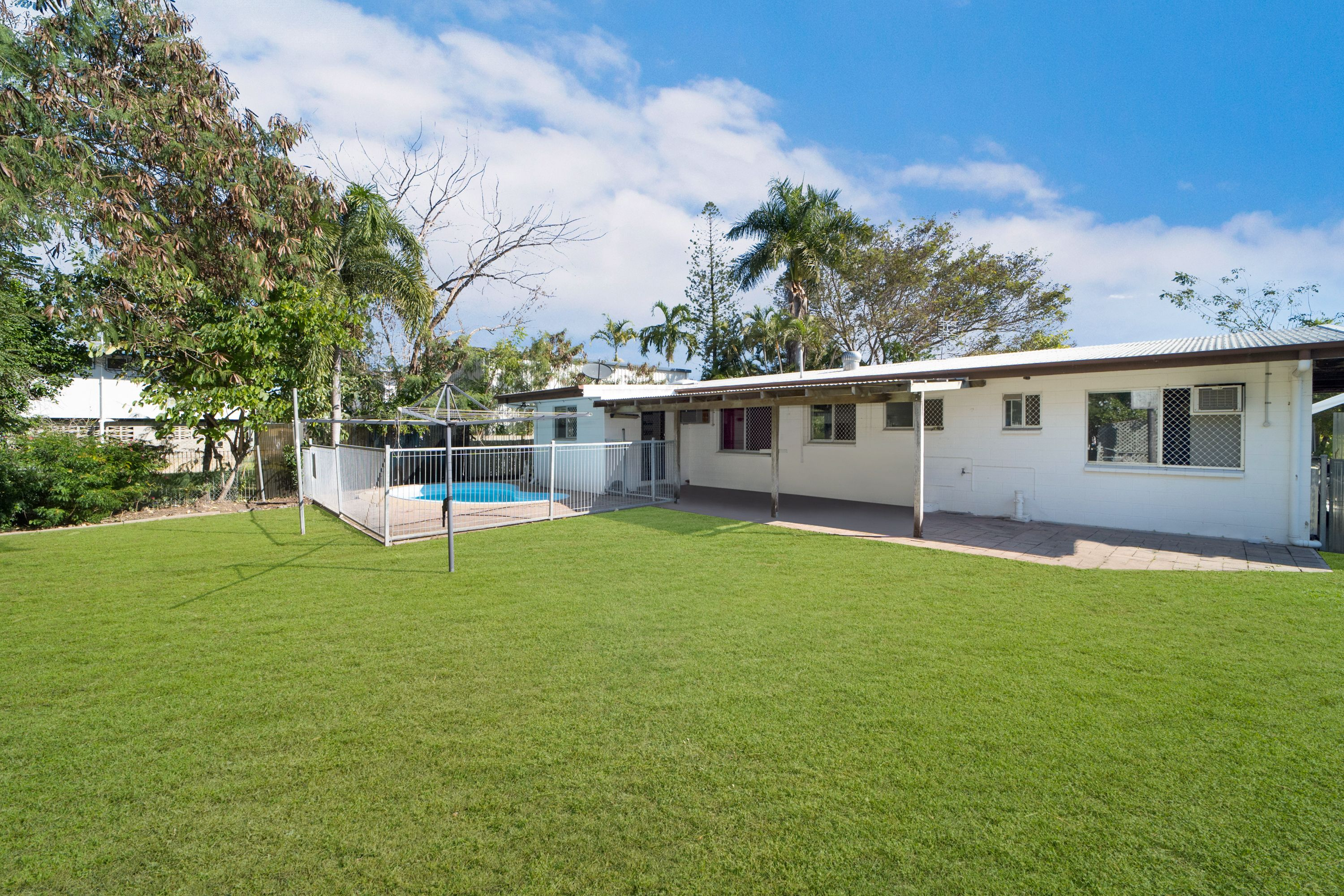64 Ruby Round, Kelso, QLD 4815