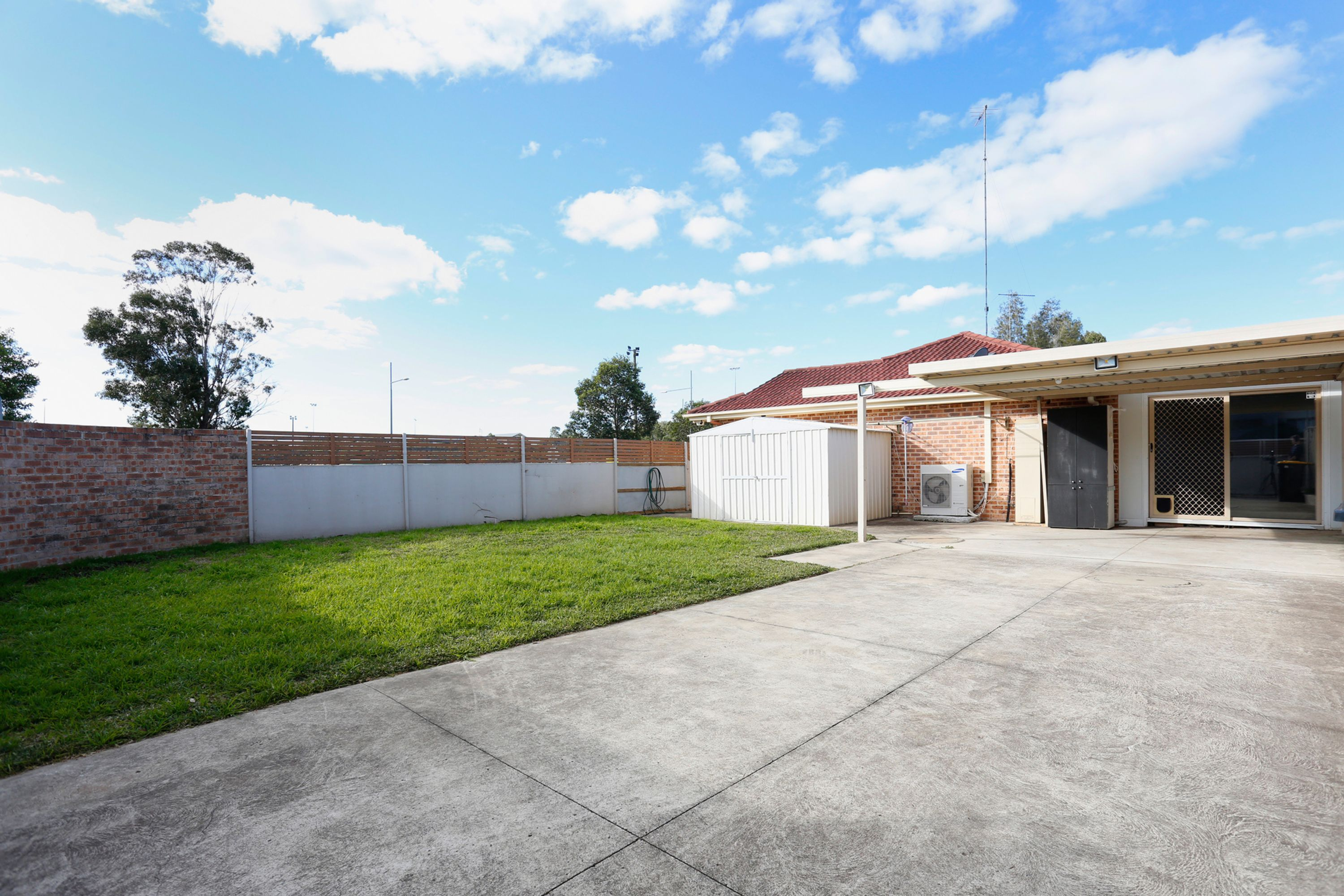 71 Woodlands Drive, Glenmore Park, NSW 2745