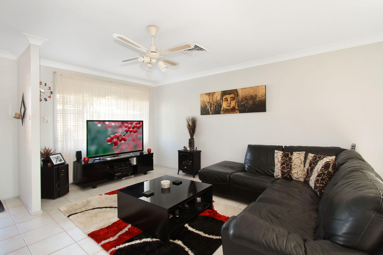 14 Ashburton Drive, Albion Park, NSW 2527