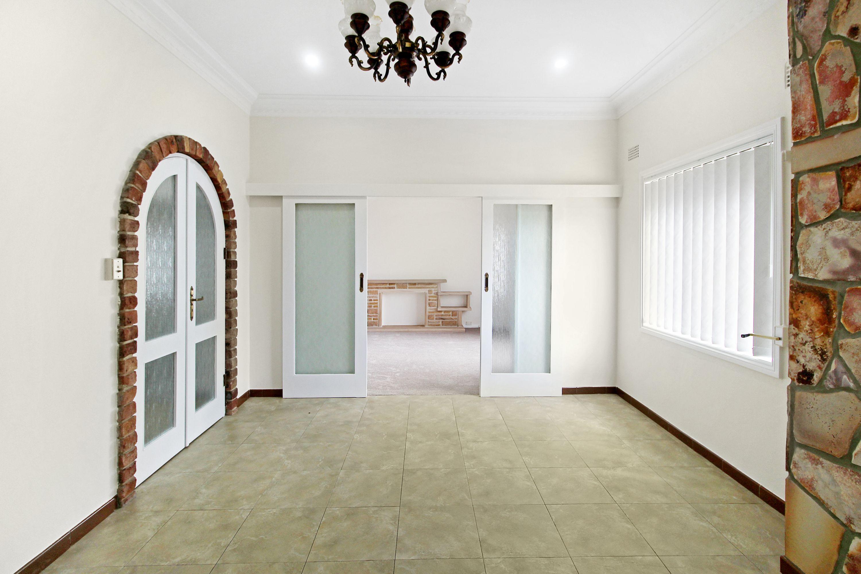 597 Blaxland Road, Eastwood, NSW 2122