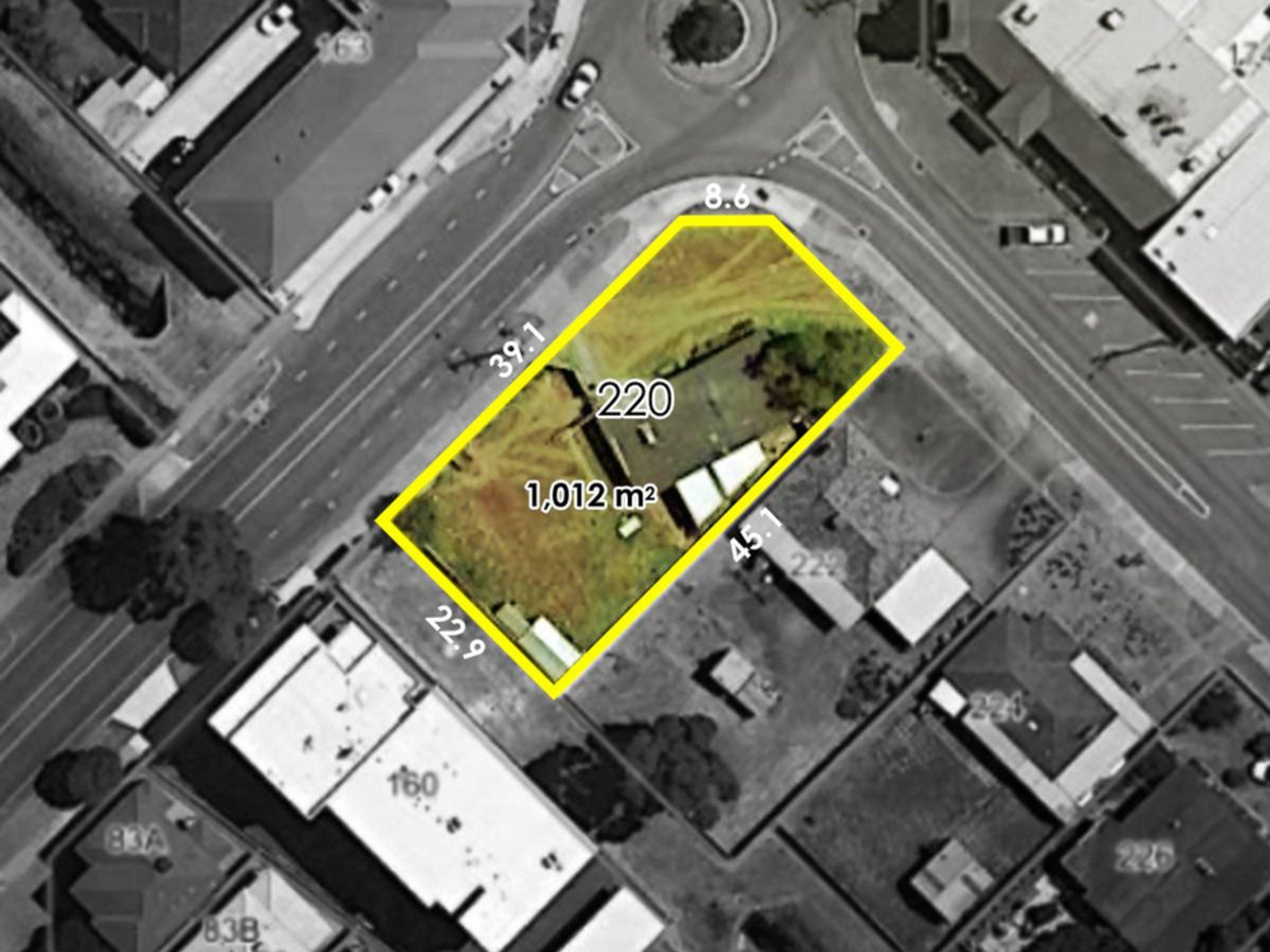 220 Knutsford Avenue, Kewdale, WA 6105