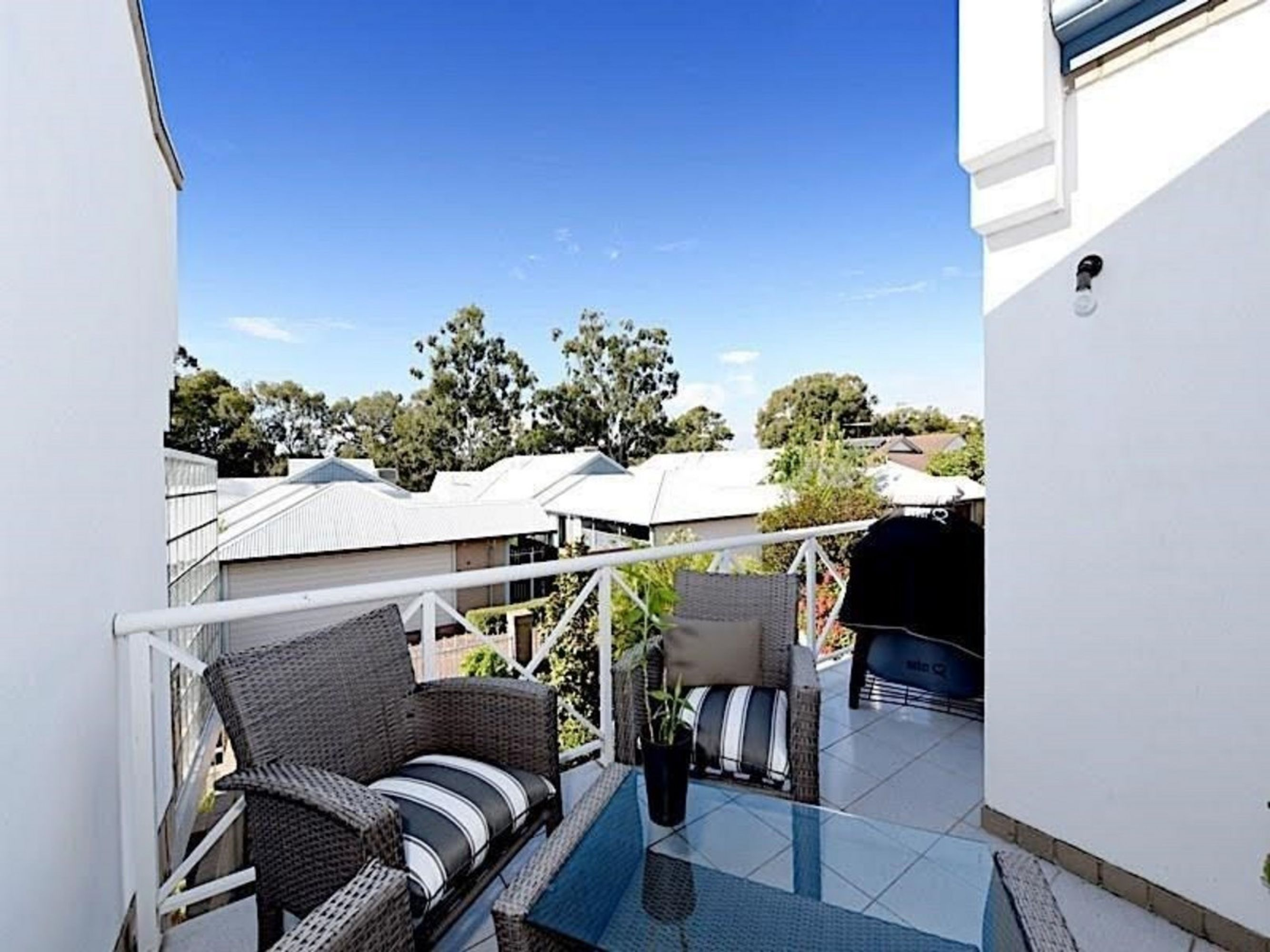 4/3 Heritage Cove, Maylands, WA 6051