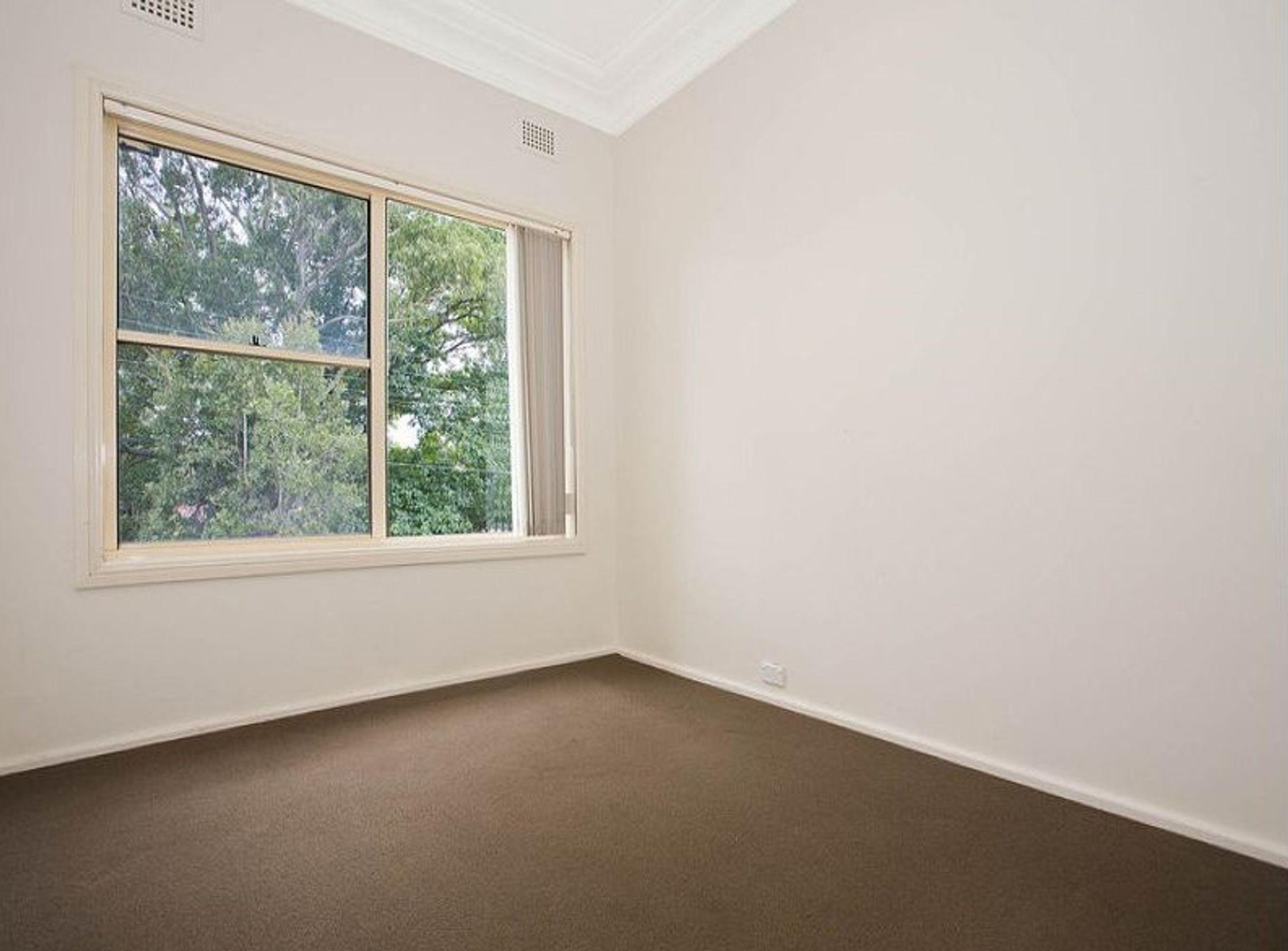 7 Manins Avenue, Kingsgrove, NSW 2208