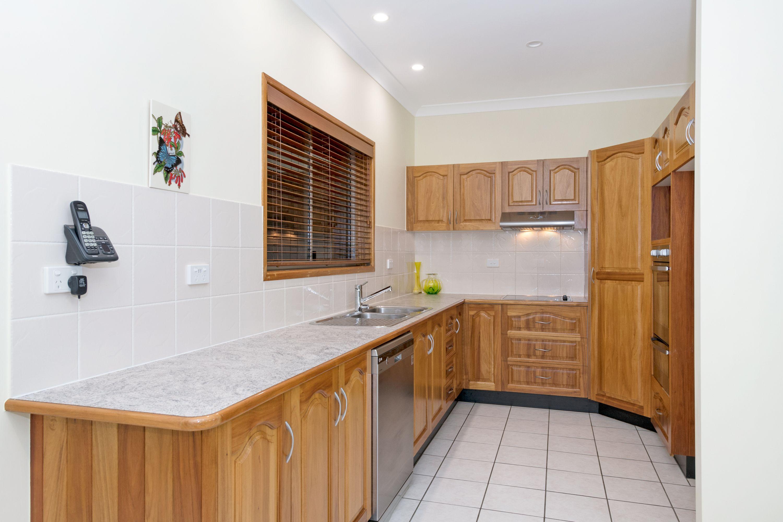 13 Saint Helens Drive, Mount Louisa, QLD 4814