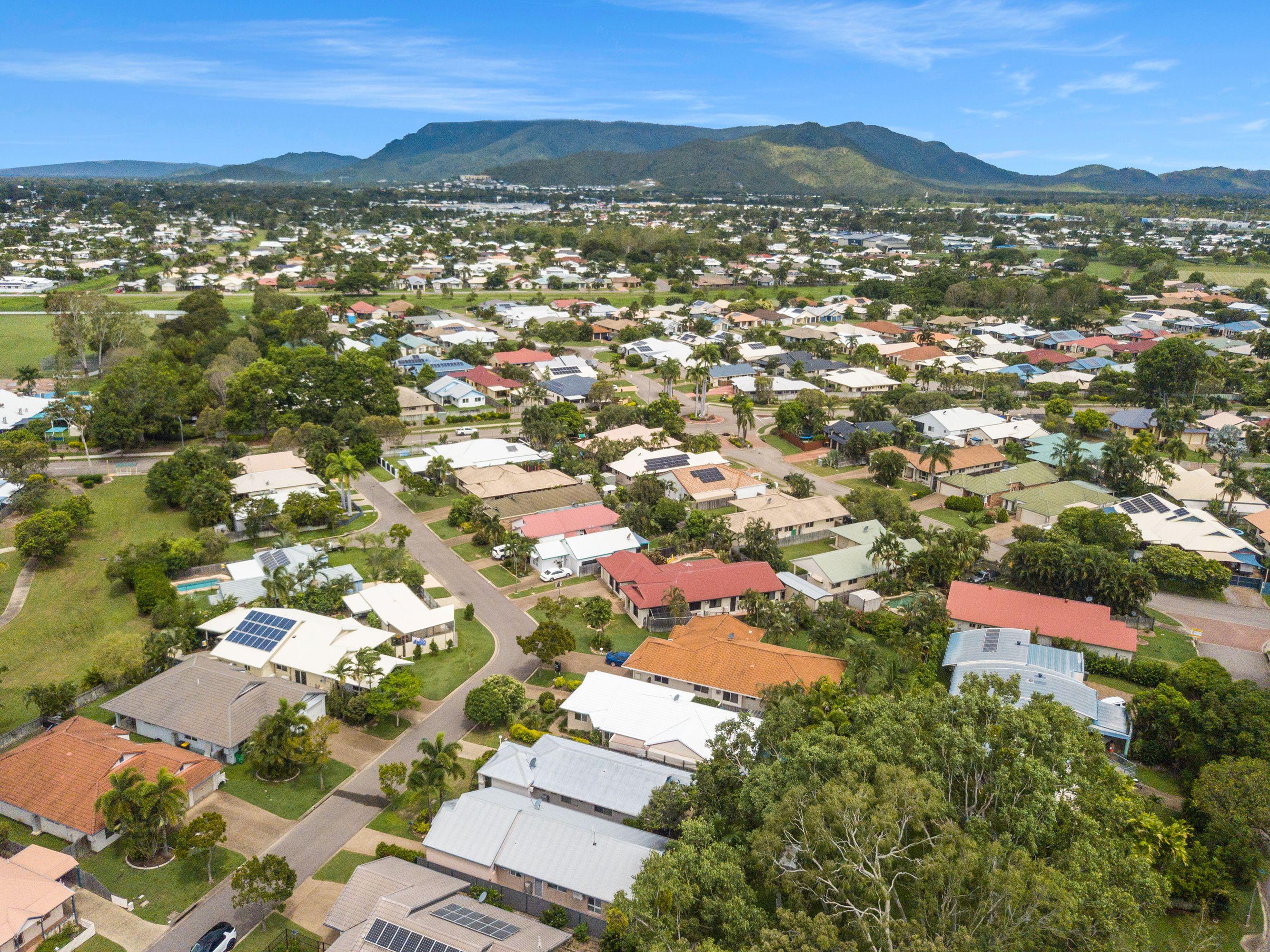 4 Alpina Place, Kirwan, QLD 4817
