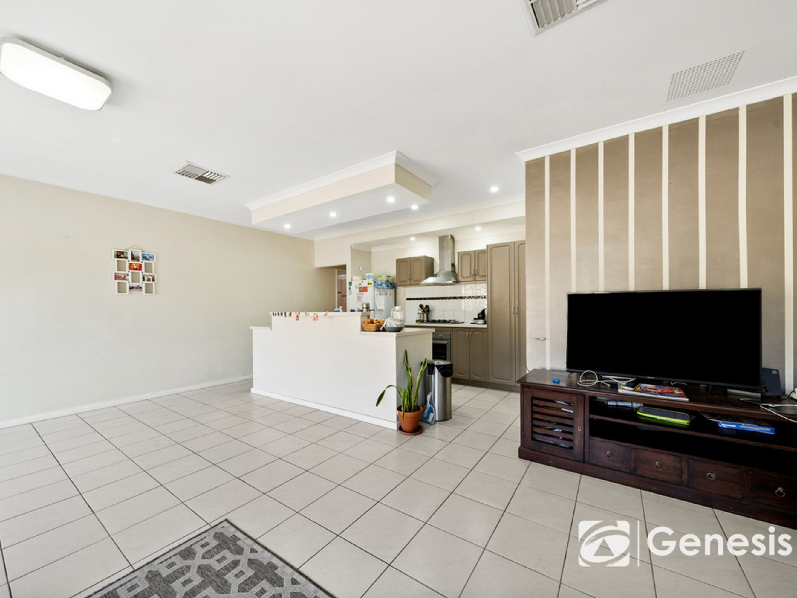 2/113 Amherst Road, Canning Vale, WA 6155