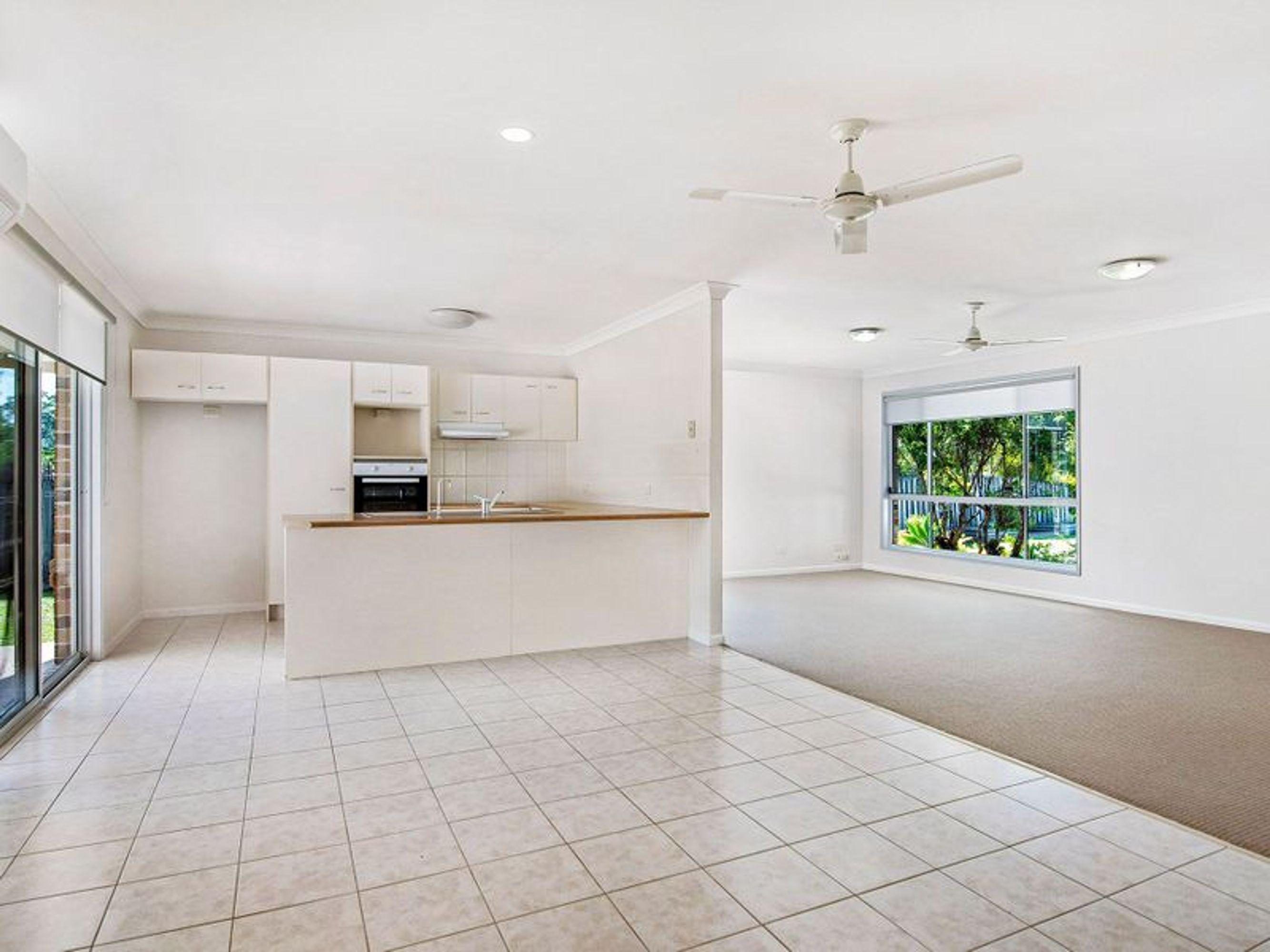 49 Leviathan Drive, Mudgeeraba, QLD 4213