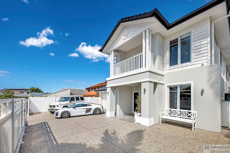 26 Tosti Street, Sorrento, QLD 4217