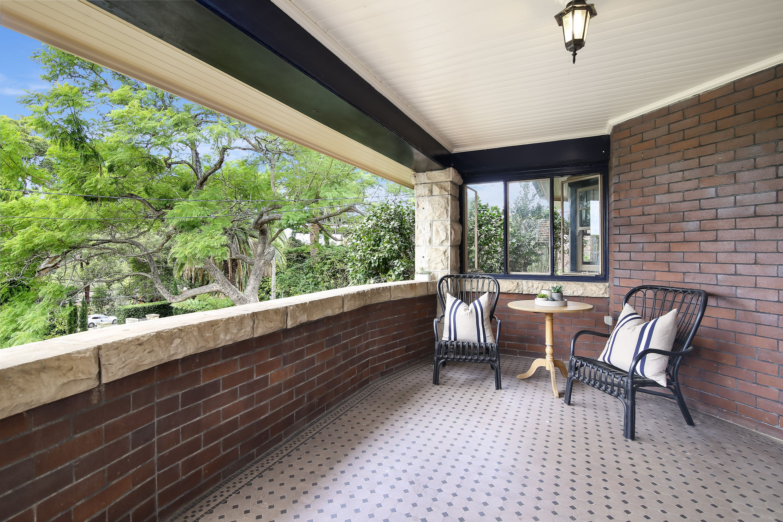 18 Railway AVENUE, Eastwood, NSW 2122