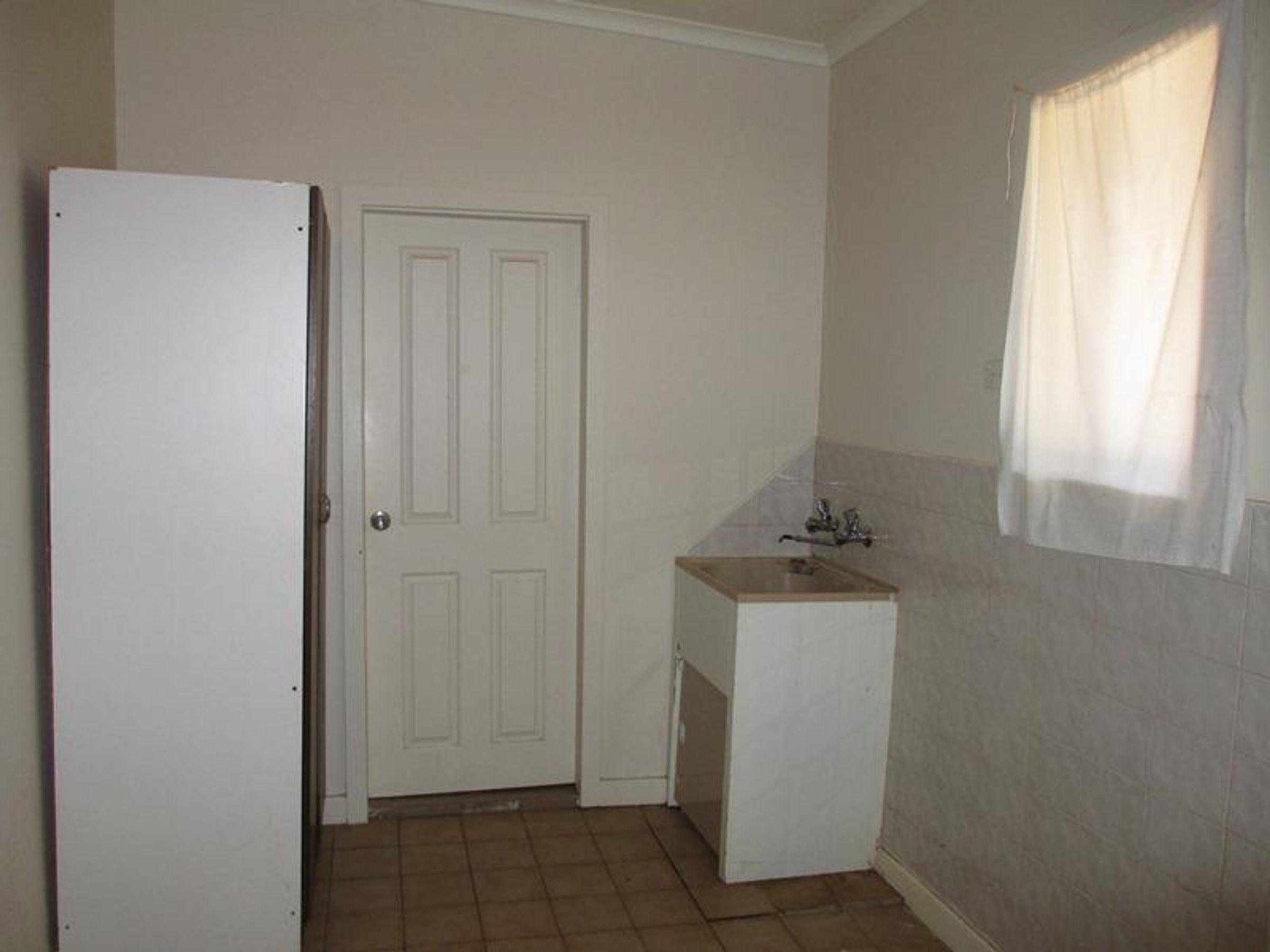 520 Lane Street, Broken Hill, NSW 2880
