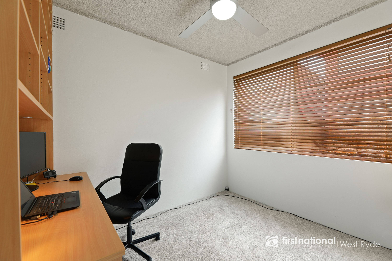 17/10 Bank Street, Meadowbank, NSW 2114
