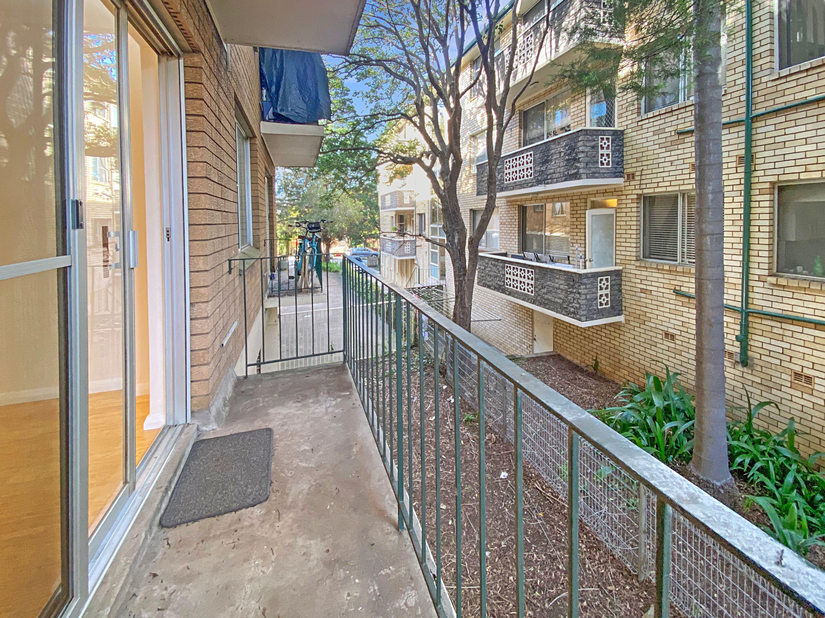 2/23 Wharf Road, Gladesville, NSW 2111