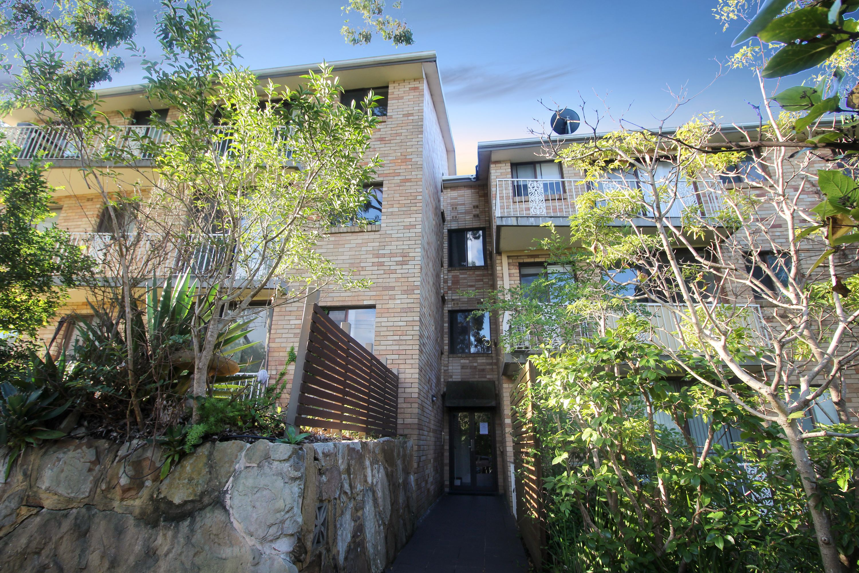 2/29 Ashburn Place, Gladesville, NSW 2111