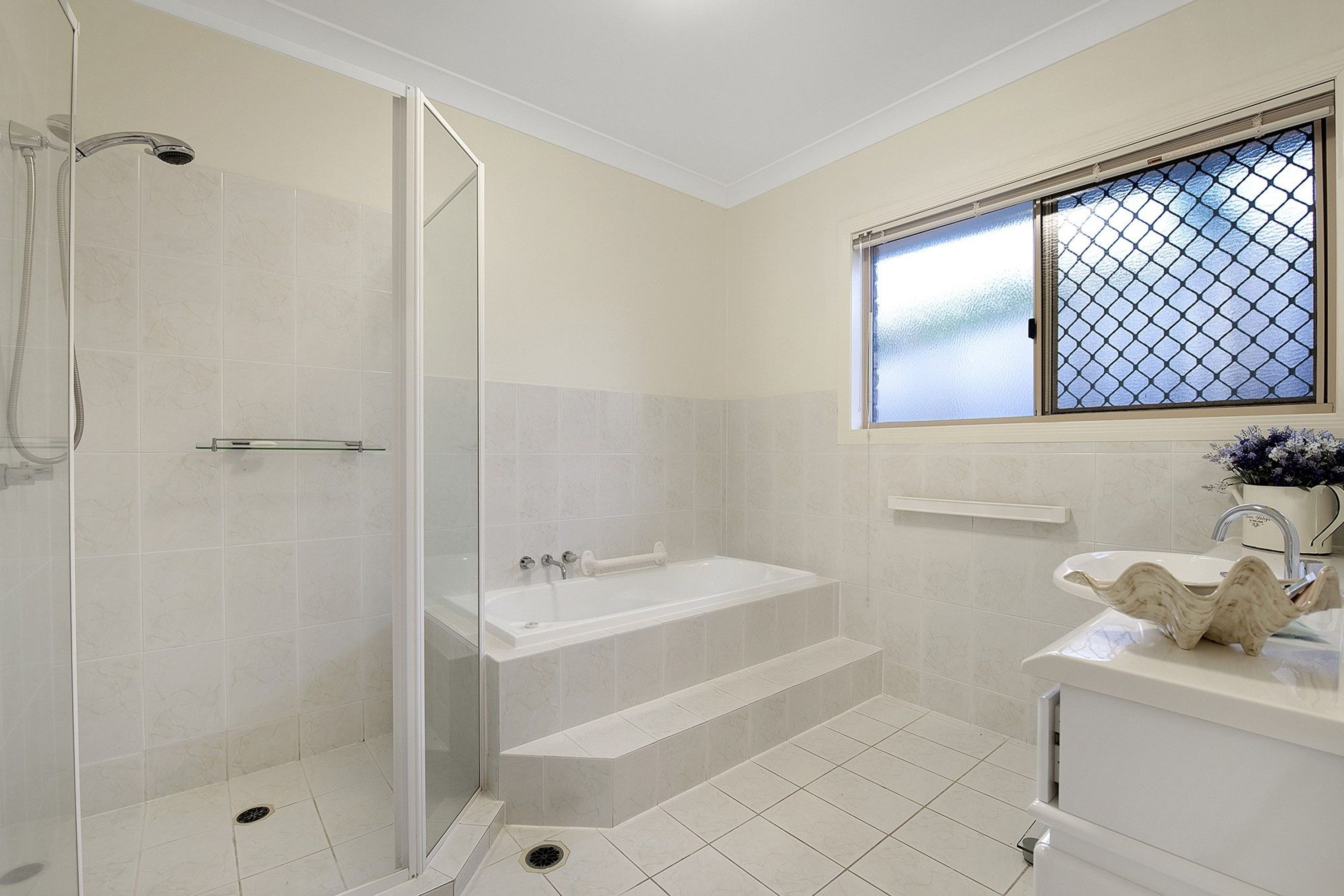 8 Camberwell Circuit, Robina, QLD 4226