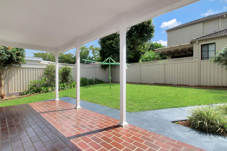 33 Avon Road, North Ryde, NSW 2113