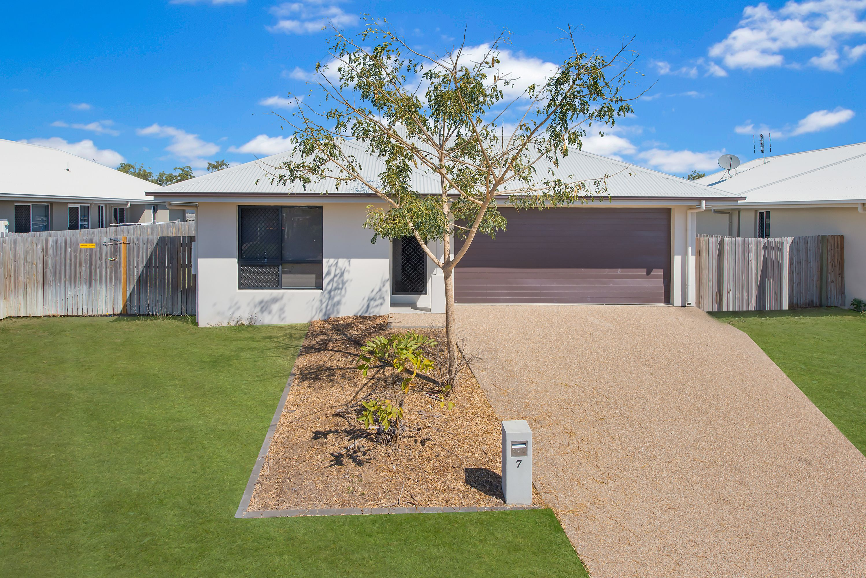 7 Yass Circuit, Kelso, QLD 4815