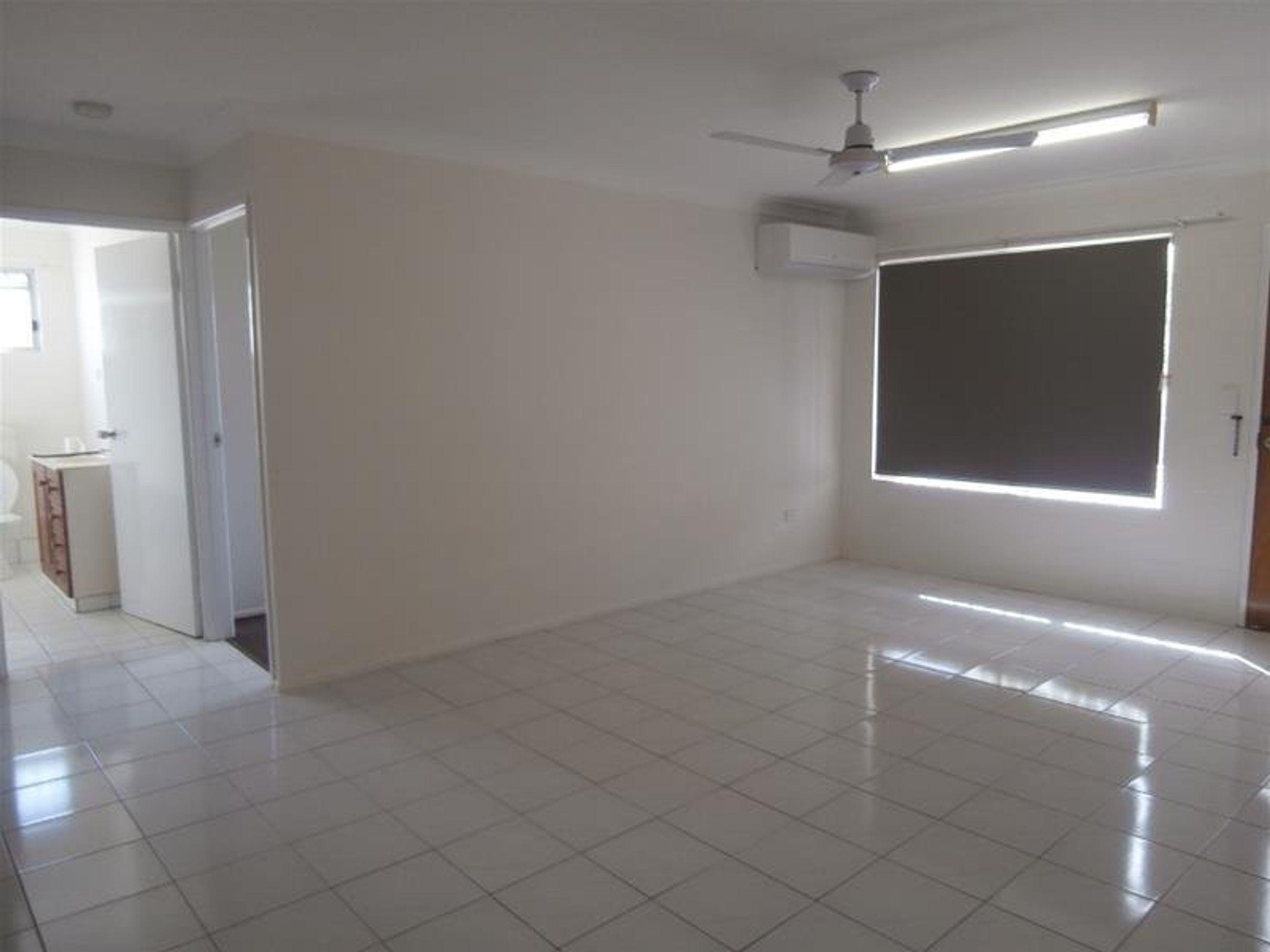 2/25 Santal Drive, Rasmussen, QLD 4815