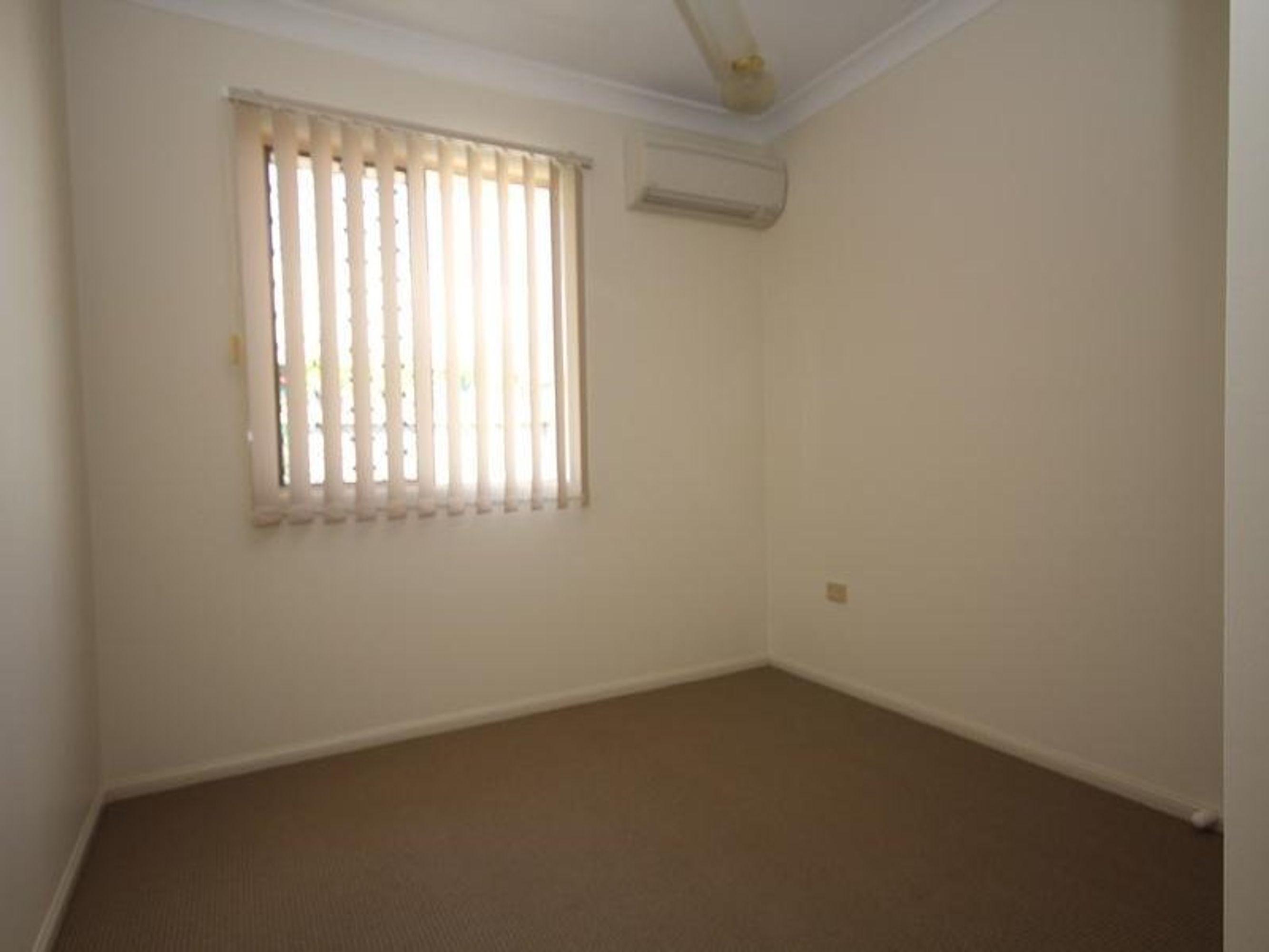 30 Eureka Crescent, Kirwan, QLD 4817