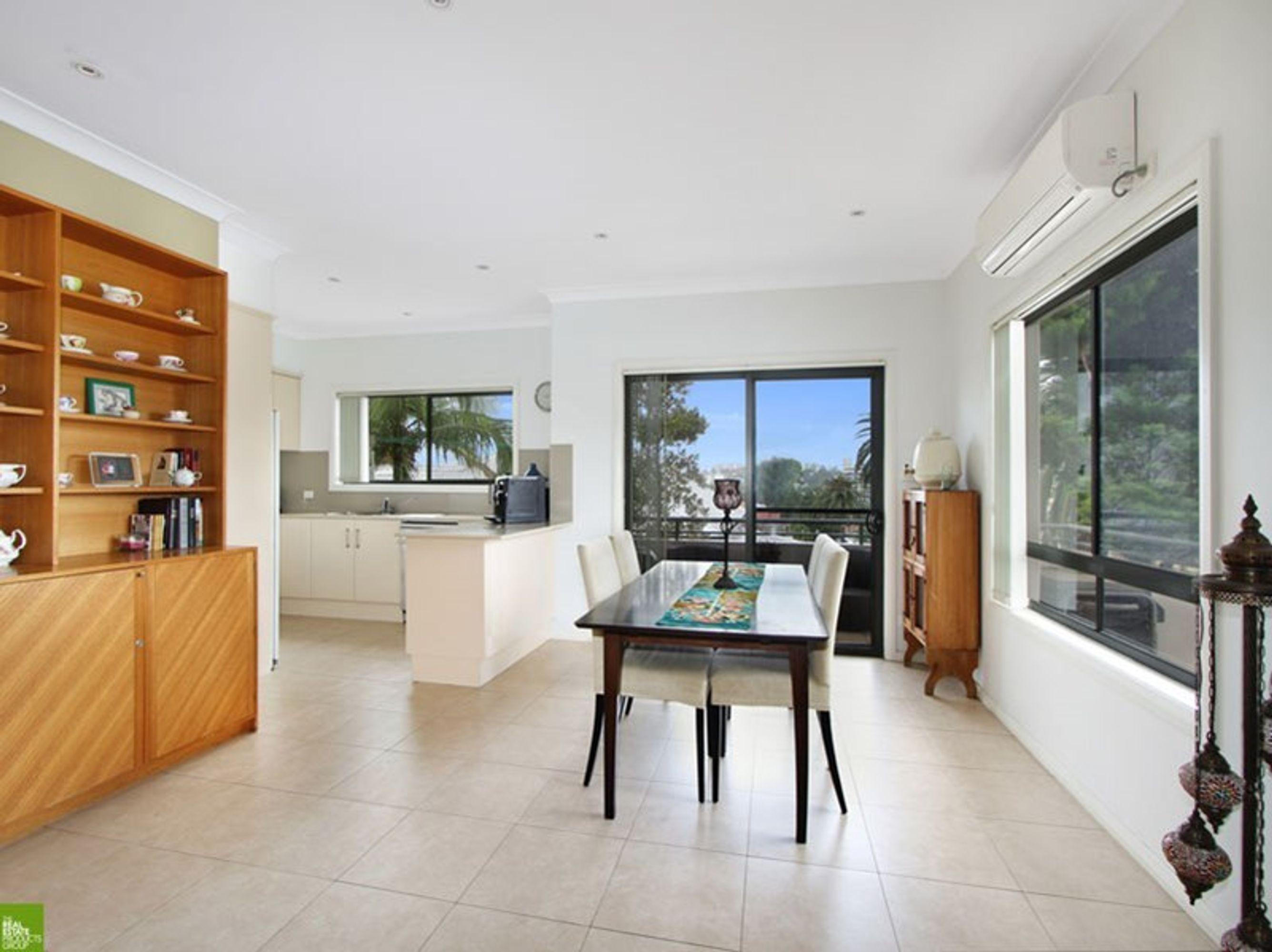 1/38 Robinson Street, Wollongong, NSW 2500