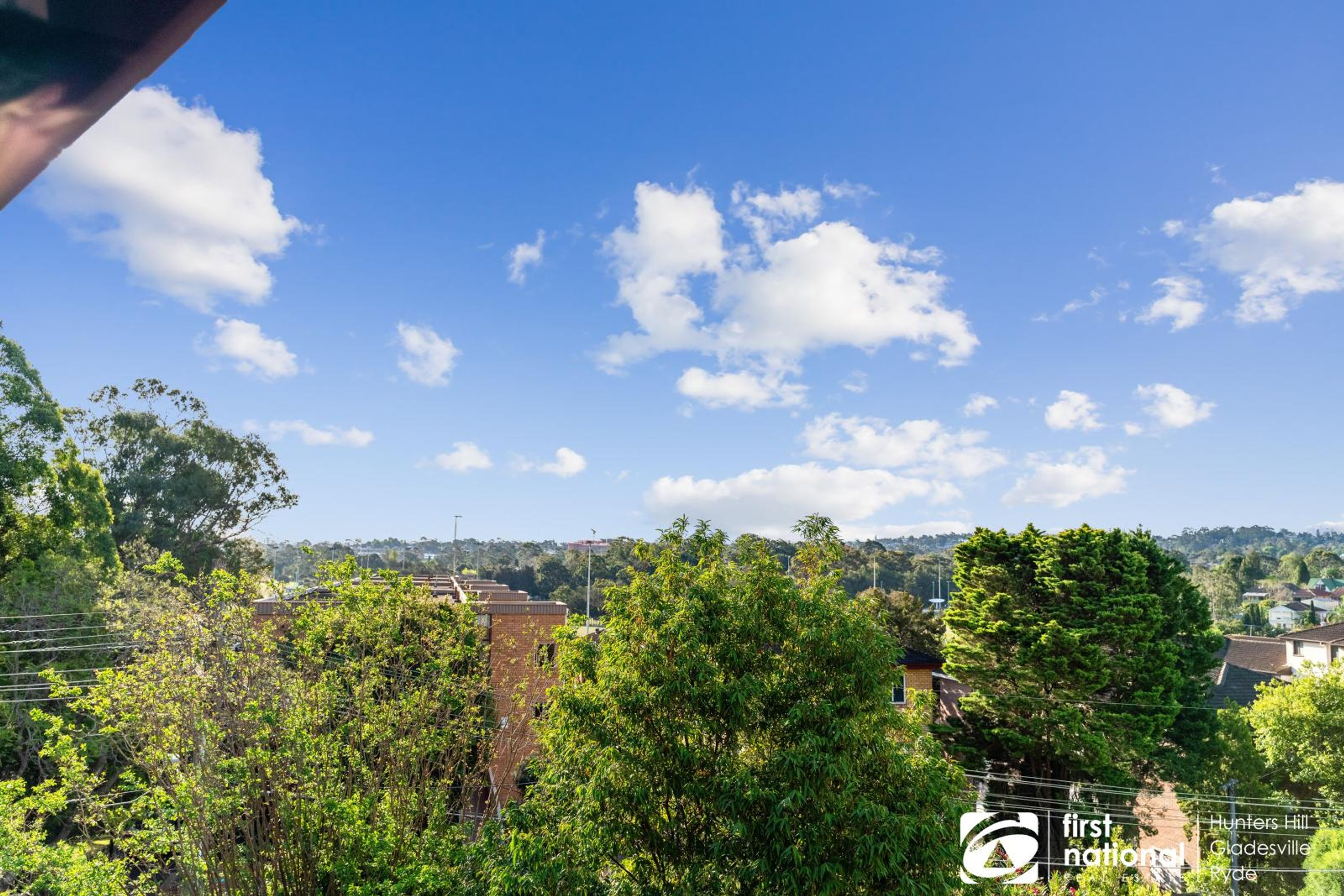 2/13 Meadow Crescent, Meadowbank, NSW 2114