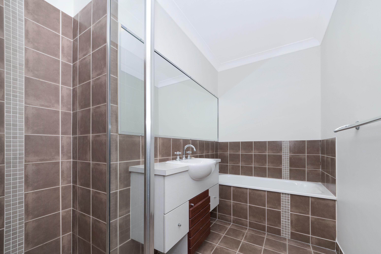 23 Scarisbrick Drive, Kirwan, QLD 4817