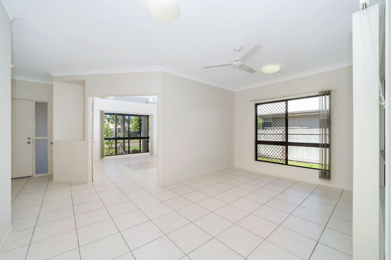 33 Lakeland Boulevard, Idalia, QLD 4811