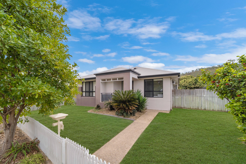 31 Graham Avenue, Mount Louisa, QLD 4814