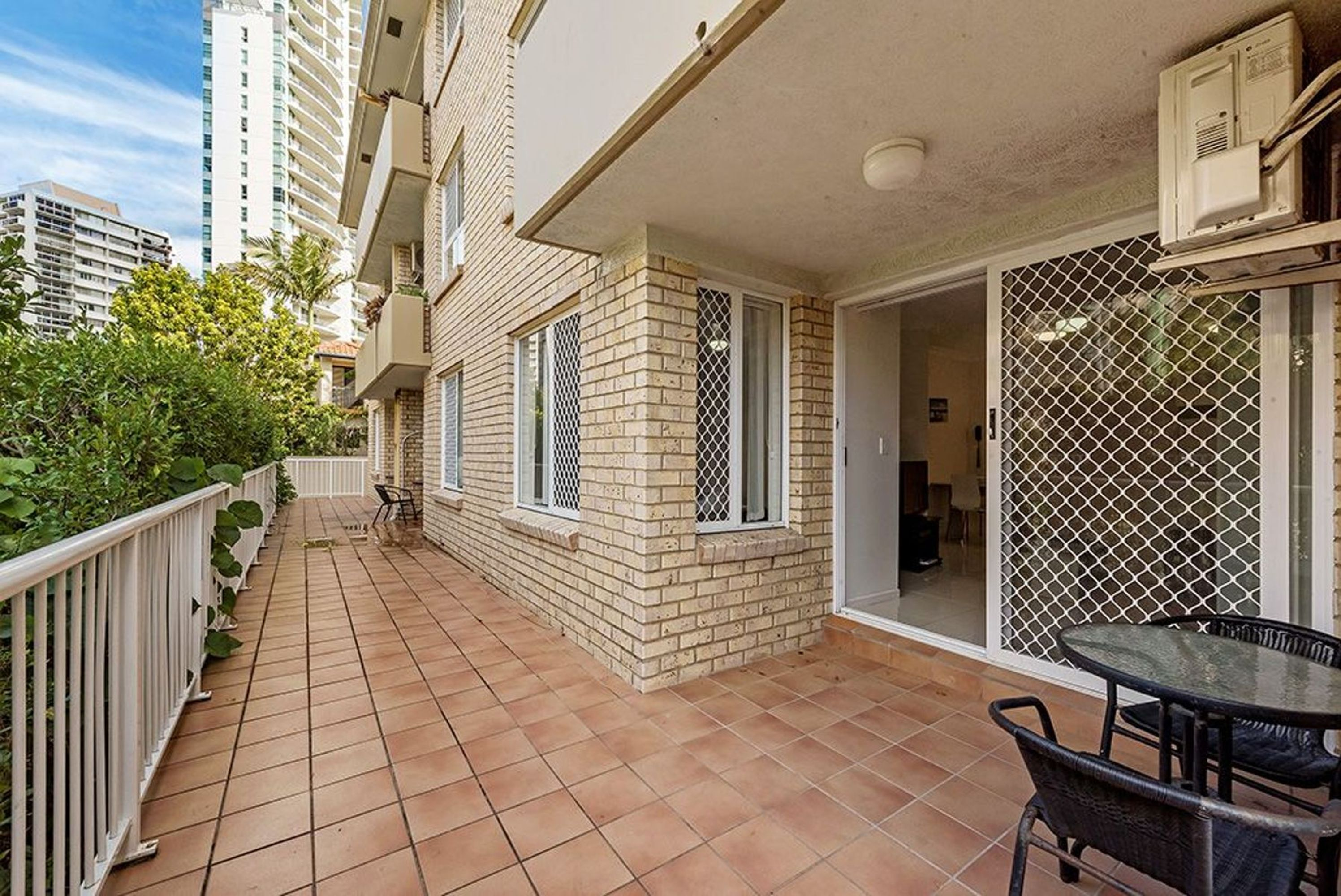 8/43 Cypress Ave, Surfers Paradise, QLD 4217