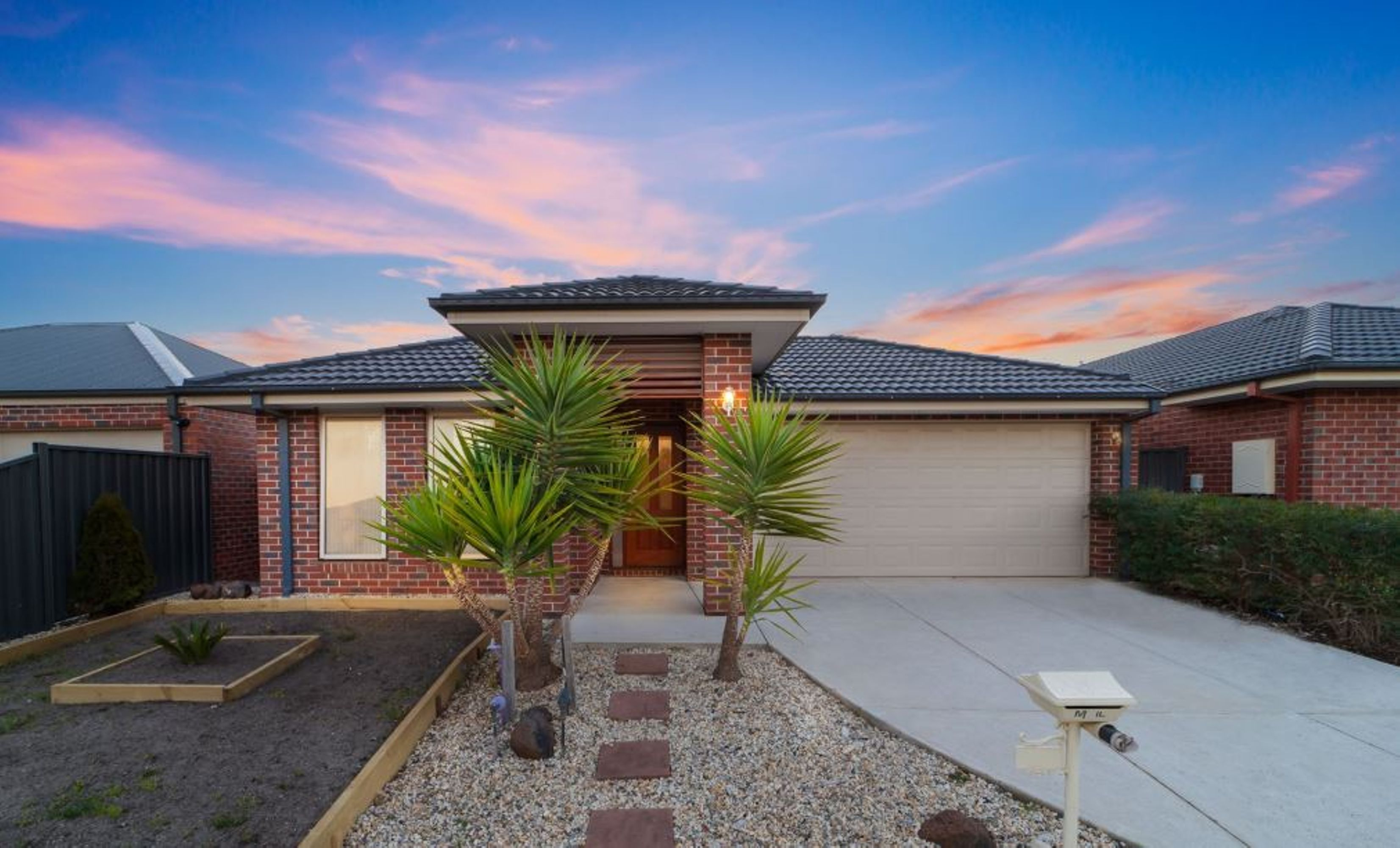 The Perfect Starter! ; 10 Heathcote Road, Wyndham Vale