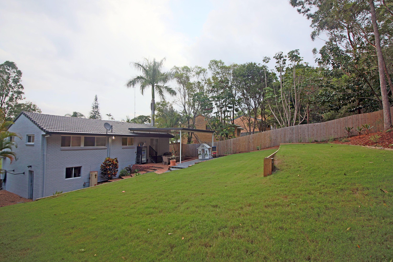 11 Mataranka Street, Worongary, QLD 4213