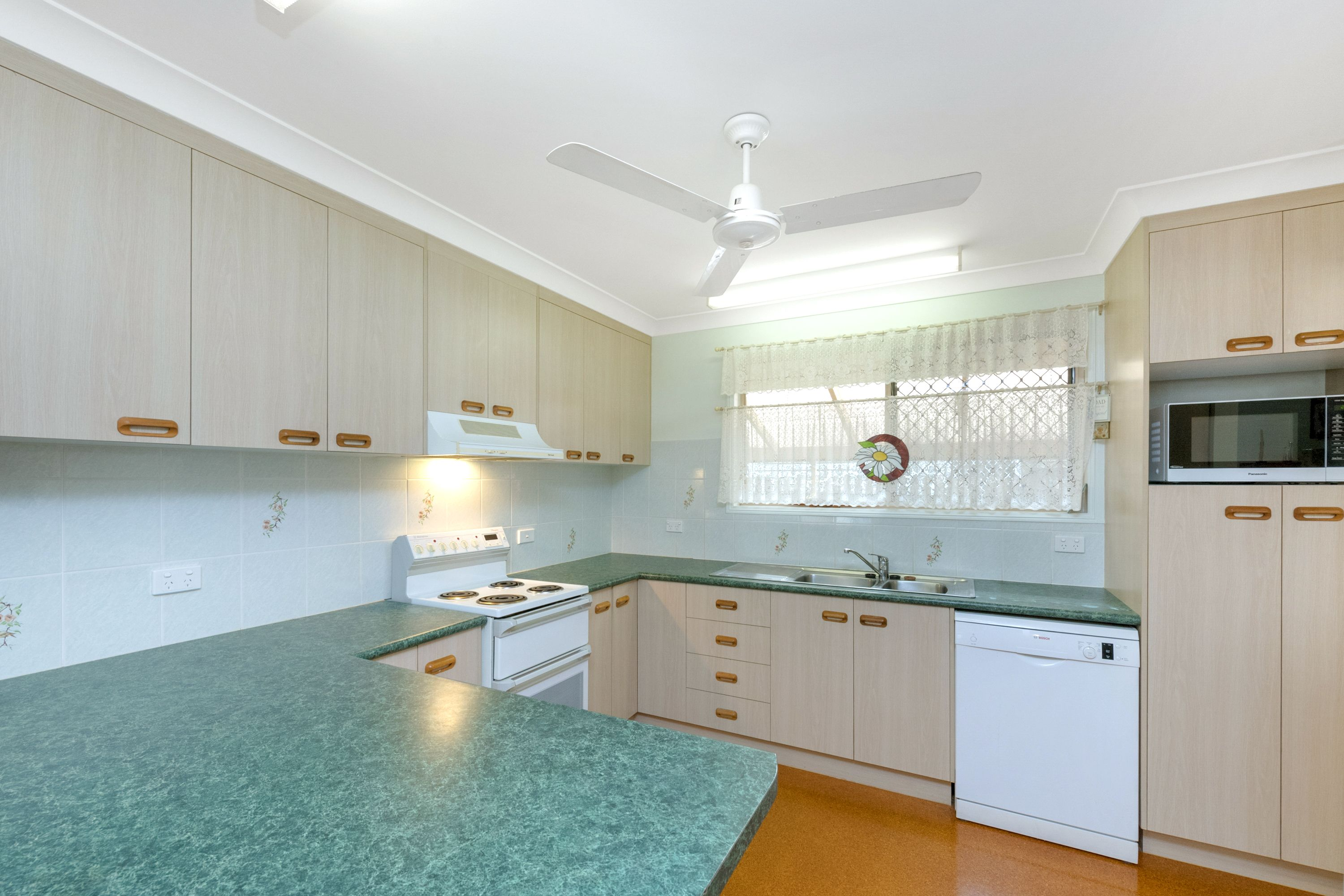 11 Celandine Court, Thuringowa Central, QLD 4817