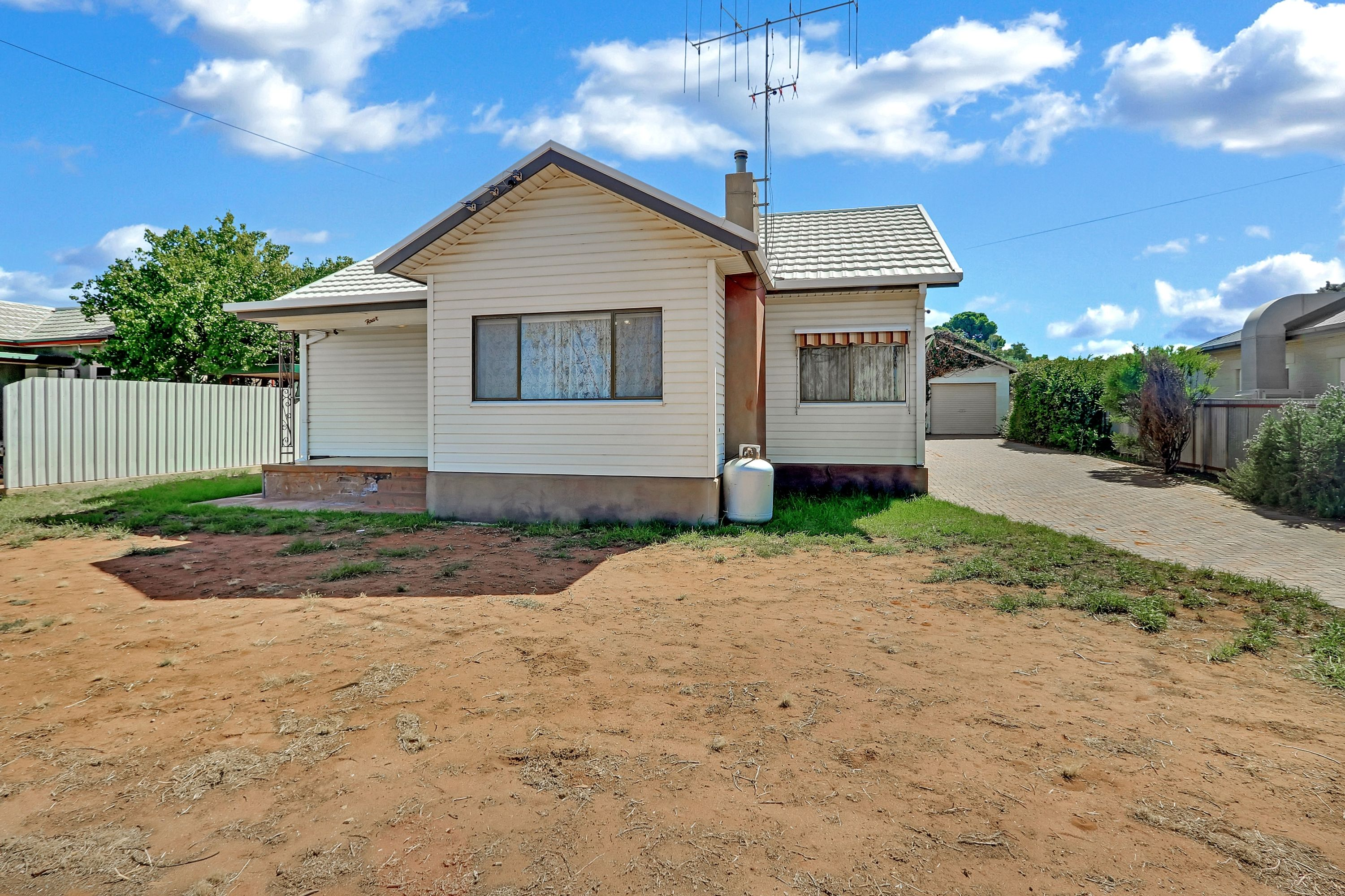 4 Morish Street, Broken Hill, NSW 2880