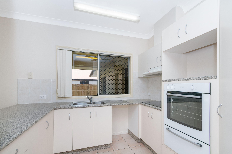 16 Fortunia Lane, Kirwan, QLD 4817