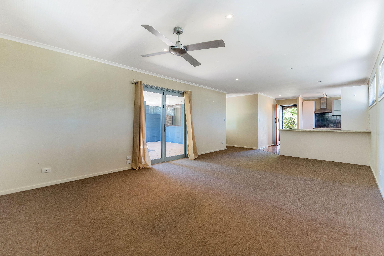 25 Lavinia Street, Southport, QLD 4215