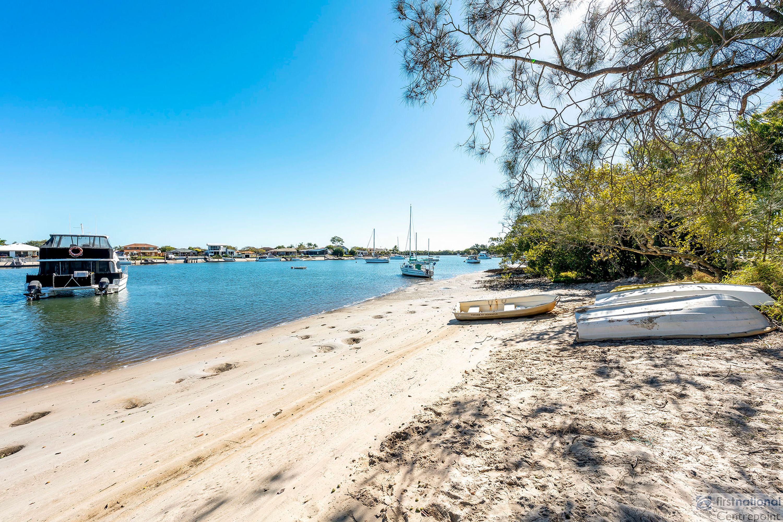 1/45 Paradise Parade, Paradise Point, QLD 4216