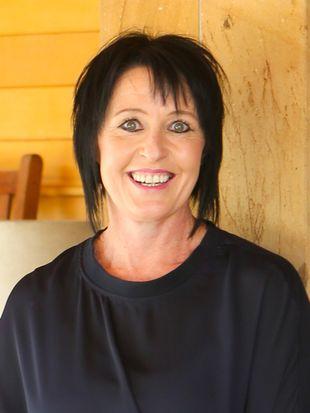 Fiona Horne