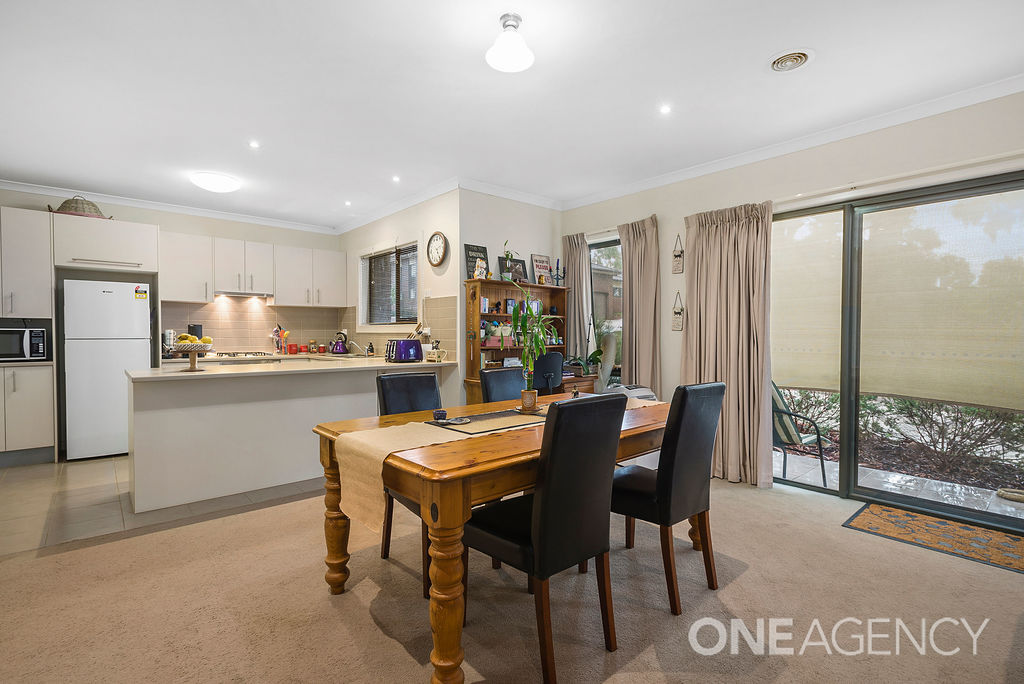 016 Open2view ID563735 1 9 Wallaby Walk
