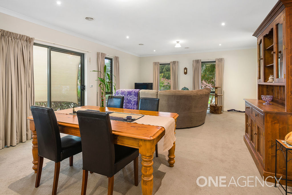 015 Open2view ID563735 1 9 Wallaby Walk