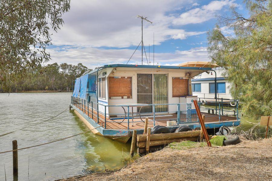 Wild Life  Houseboat, Mildura, VIC 3500