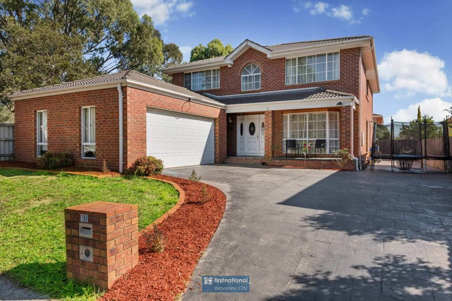 18 Armagh Crescent, Wantirna South, VIC 3152