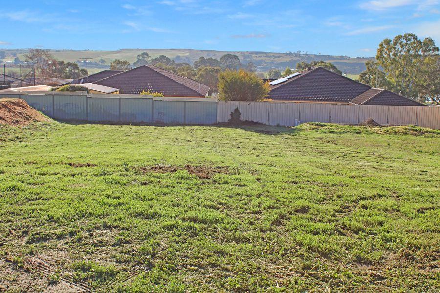 15 Murray Avenue, Mypolonga, SA 5254