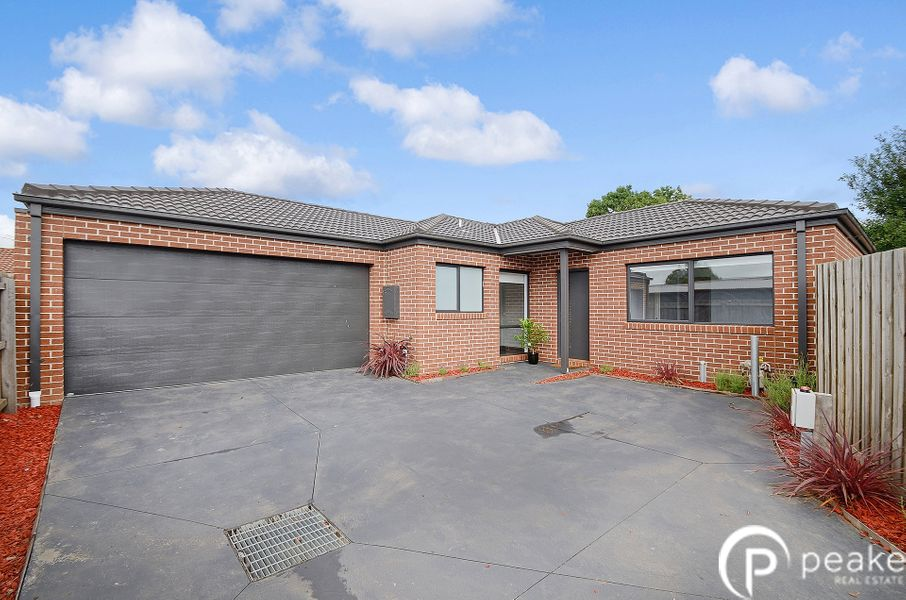 5a Wadsley Avenue, Pakenham, VIC 3810