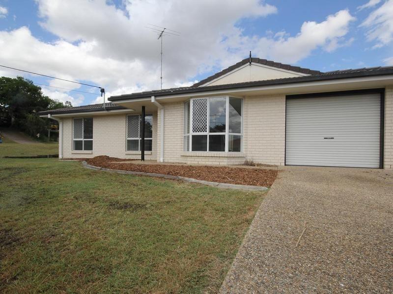 2/23 Forgan Smith Street, Collingwood Park, QLD 4301