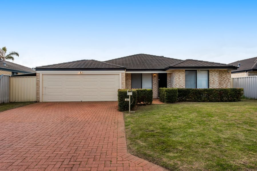 32 Belmez Turn, Port Kennedy, WA 6172