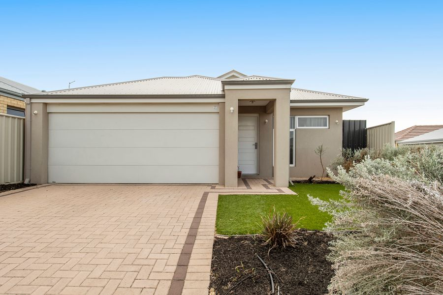 19 Ettrick Way, Golden Bay, WA 6174