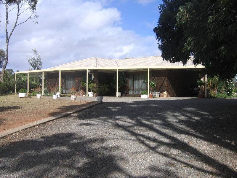 27 Lookout Drive, Murray Bridge, SA 5253
