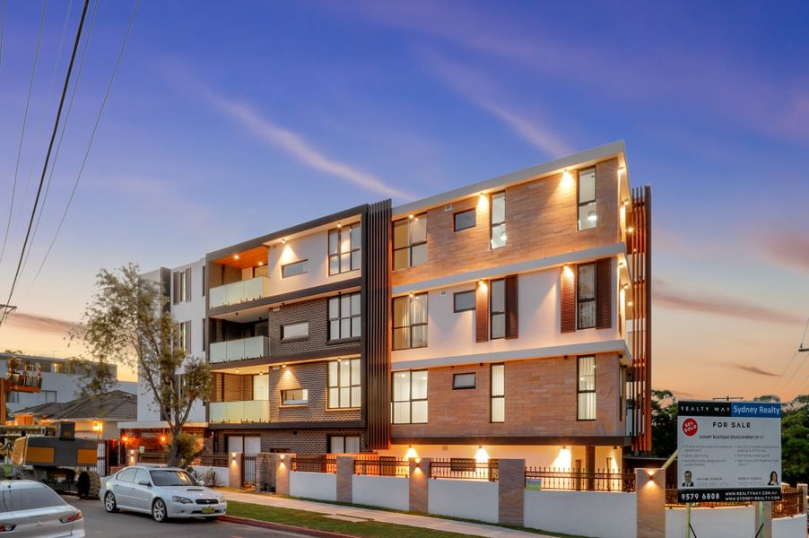 1.01/13 Pearce Ave, Peakhurst, NSW 2210