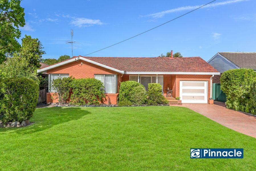 30 Alice Street, Macquarie Fields, NSW 2564