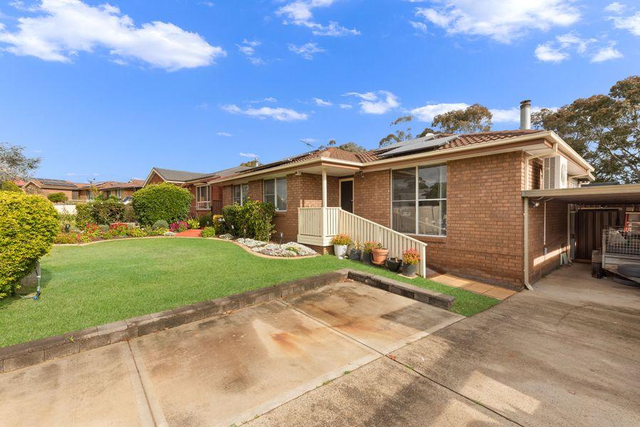 63 Stromeferry Crescent, St Andrews, NSW 2566